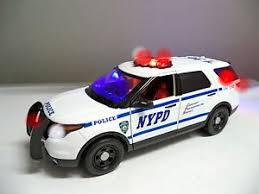 toy police cars with working lights and sirens for sale large 1 18 scale nypd new york police ford explorer suv working