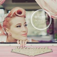 retro pink 50s 60s hairstyle hair makeup