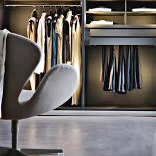 Luxury Fitted Bedroom Furniture Bespoke Contemporary Fitted Wardrobes And Luxury Wardrobe Design