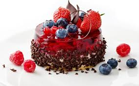 chocolate cake with strawberries wallpaper