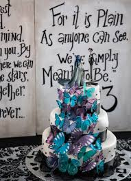 Halloween Wedding Cake by Amazing