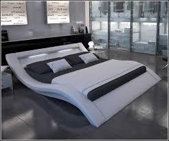 Schlafzimmer Betten Komforth E Schlafzimmer Bett 200x200 Worldegeek Info Worldegeek Info