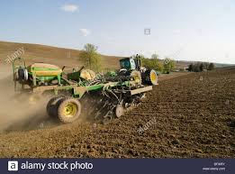 John Deere Planters by A John Deere Tractor And Air Seeder Planting Garbanzo Beans