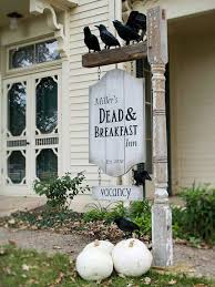 dead u0026 breakfast inn haunting halloween yard decorations