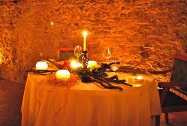 cena al lume di candela candlelight dinner in the xiii century rock hewn church borghi