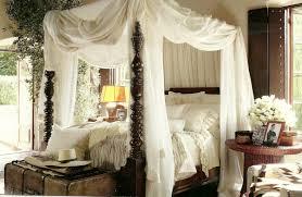 Rugs For Laminate Wood Floors Romantic Canopy Beds Crystal Chandelier Black Fur Rug Bedroom For