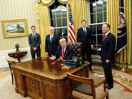 Oval Office Desk Donald Presses A Button On His Desk And A Butler Brings