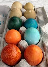 how to make bright colors with natural easter egg dye 100 days