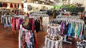 Home Decor Boutique August 2015 U2013 Maggie U0027s Closet Fashion U0026 Home Decor On Consignment