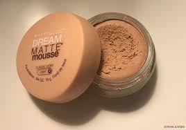 maybelline dream matte mousse classic ivory light 2 maybelline dream matte mousse foundation product review skincare