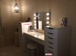 Vanity Table With Lighted Mirror Diy by Lighted Vanity Cosmetic Face And Makeup Mirror By Woodubemine