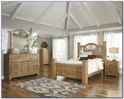 Light Wood Bedroom Sets Light Wood Bedroom Set Best Home Design Ideas Stylesyllabus Us