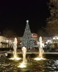 christmas tree lighting bridge street huntsville al 5 magical holiday scenes in huntsville alabama harbors havens