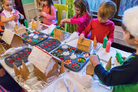 9 ideas for throwing a festive kids party for christmas