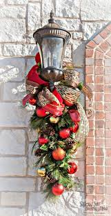 Wooden Christmas Decorations For Outside by Best 25 Outside Christmas Decorations Ideas On Pinterest