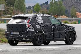 jeep crossover interior volvo xc40 suv spied first peek at new crossover u0027s interior by