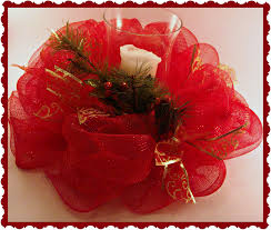 crafty in crosby christmas deco mesh centerpiece