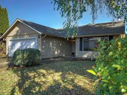 Houses For Sale In Cottage Grove Oregon by Or Real Estate Oregon Homes For Sale Zillow