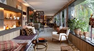 holz wohnzimmer mit vintage deko und möbeln modern einrichten 50 ideen
