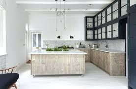 cuisine bois blanchi cuisine bois blanchi en photo photo de cuisine bois blanchi cuisine