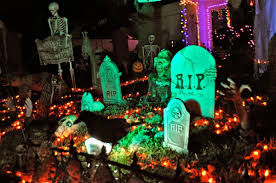 halloween yard lighting decorating freaks halloween starts to rival christmas for turning