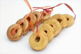 lush inspired edible 5 gold ring cookies the little blog of vegan