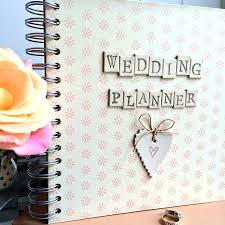 becoming a wedding planner chic wedding planner career wedding planning for beginners wedding