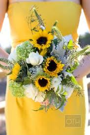 wedding flowers sunflowers 24 brilliant sunflower wedding bouquets for happy wedding