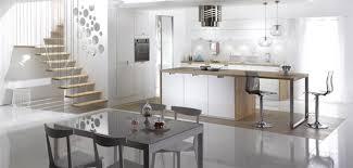 cuisine blanche laquee table cuisine blanche table cuisine design maison moderne