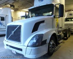 volvo semi truck price 2005 volvo vnl semi truck item k6176 sold march 23 truc