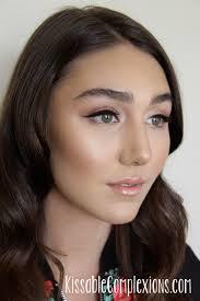 natural makeup soft beauty