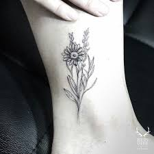 best 25 small daisy tattoo ideas on pinterest simple flower