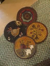 679 best still hooked on wool images on pinterest rug hooking