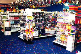 party supply stores party land world s largest retail party supply franchise