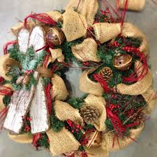 seasonally simple burlap decor