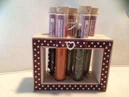 portaspezie in legno porta spezie con contenitori in vetro e supporto in legno idea