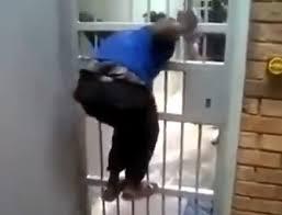 comment ouvrir une porte de chambre sans clé comment ouvrir la porte d une chambre d hôtel très facilement sans clé