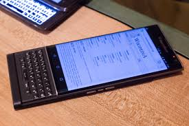 blackberry won u0027t be manufacturing smartphones anymore