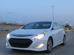 hyundai sonata hybrid mpg 2013 hyundai fuel economy improved to meet expectations