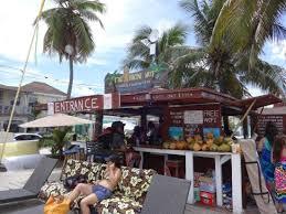 Tiki Hut Austin Tiki Hut Junkanoo Beach Nassau Best Deal On The Beach 4