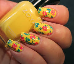 yellow nails with black cats nail art design