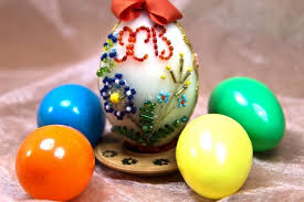 Decorating Easter Eggs With Beads by 25 Delightful Easter Egg Decoration Ideas Snappy Pixels