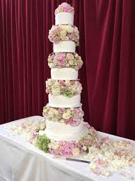 wedding cake chelsea royal hospital chelsea wedding amanda flowers
