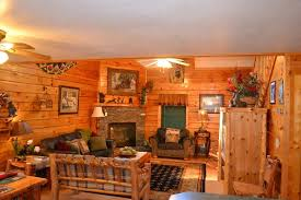 Vrbo Pigeon Forge 4 Bedroom Beautiful Cabin Great Rates In The Center Vrbo