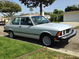 Bmw 318i 1985 Hemmings Find Of The Day U2013 1982 Bmw 320i Hemmings Daily
