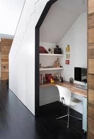 sous bureau design bureau comment improviser un coin bureau lorsqu on manque d espace