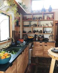 Black Kitchen Countertops by Best 25 Black Countertops Ideas On Pinterest Dark Kitchen