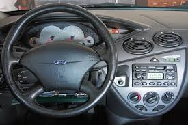 ford focus 1 8 2000 2000 ford focus hatchback reviews msrp ratings with