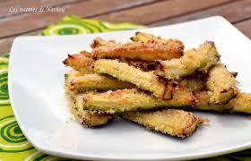 courgette cuisiner recette de courgettes au parmesan pour l apéro la recette facile