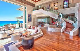 Dream House On The Beach - esta es mi sala y patio es muy bonita y grande places